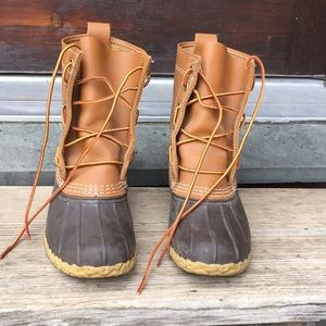 Kid's LL Bean boots- like new condition- sz 3